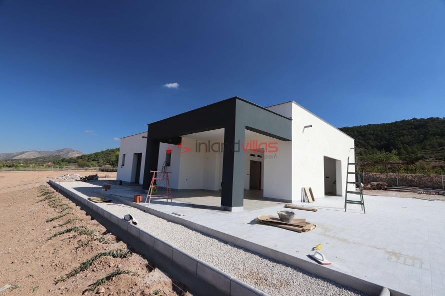 Modern new villa with double garage and pool  in Inland Villas Spain