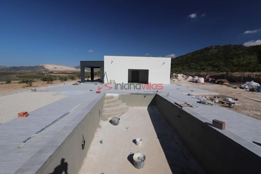Modern new villa 3 bedroom villa €194995 or with pool and garage €224.995 in Inland Villas Spain