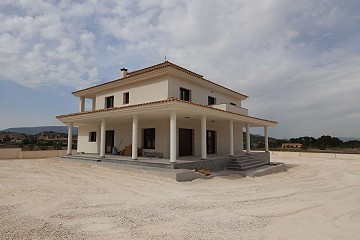 Luxury 6 bedroom villa 2 pools