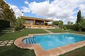 Spectacular  country house with pool and its own vineyard  in Inland Villas Spain