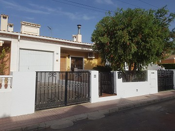 Fantastic 200 m2 Town house in Salinas near Sax
