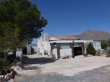 Country property - Villa for sale in Barbarroja, Alicante