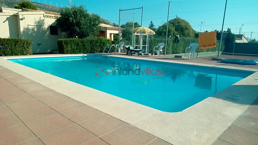 Fantastic 3 bed Villa with private pool and tennis court in Caudete  in Inland Villas Spain