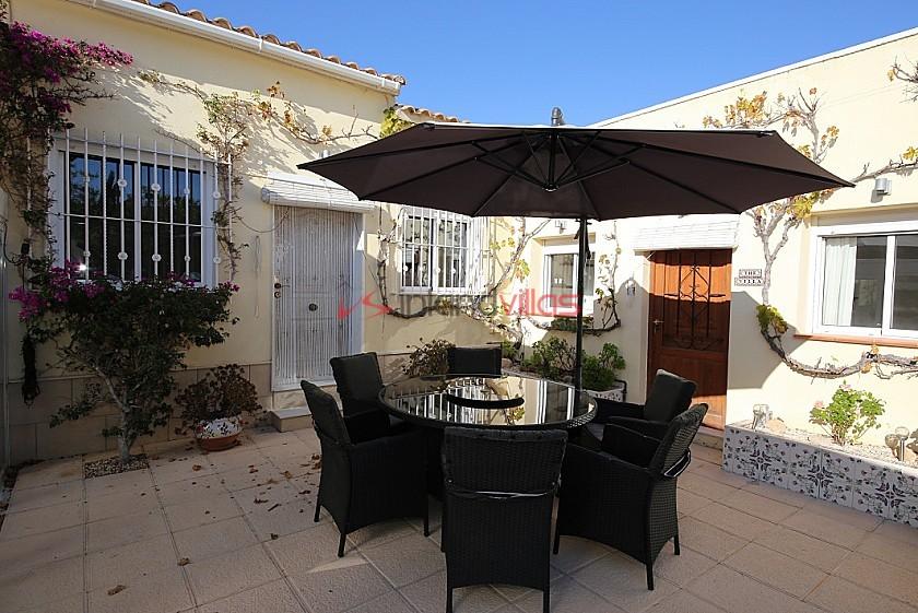 Luxury villa just 1km walking distance of charming Hondón de los Frailes in Inland Villas Spain