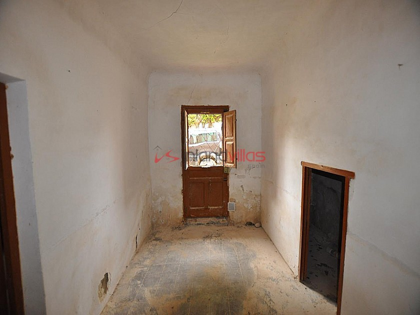 Cave house restoration project close to Jumilla in Inland Villas Spain