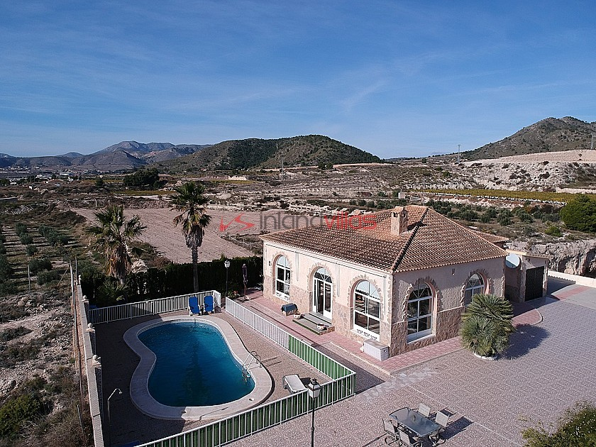 Villa Marian - La Romana - Villa with pool, garage and nice garden in Inland Villas Spain