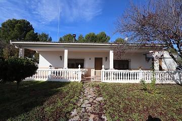 Nice 6 Bedroom Villa in Yecla