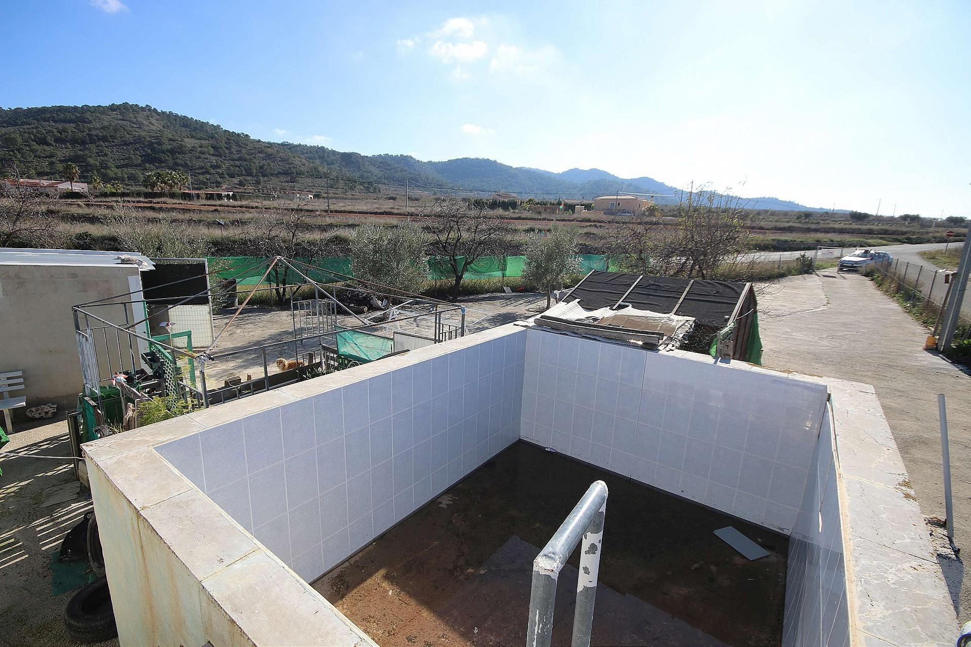 Boerderij met grond in Alguena - Bestaande bouw