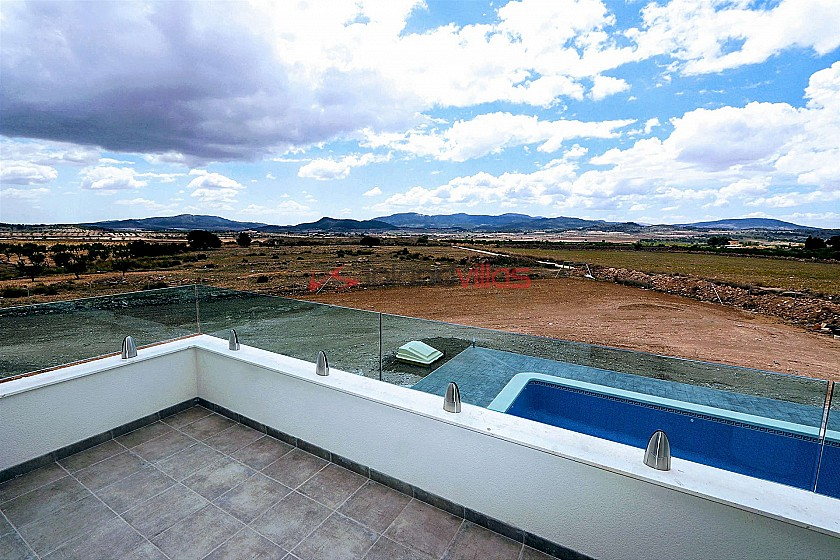 New build villa with pool and plot in Inland Villas Spain