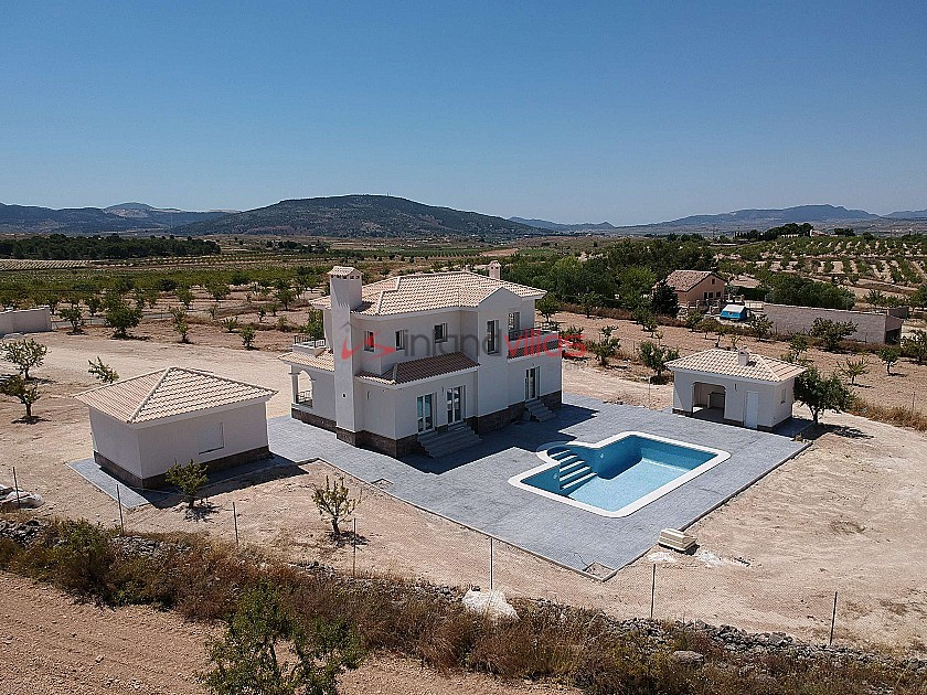 New Build Villas in Pinoso with pool and plot in Inland Villas Spain