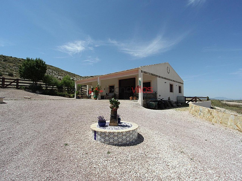 Large Rustic Home with 200m2 quality stable block in 20,000m2 in Inland Villas Spain