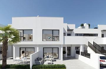 Luxury Apartments with Communal Pool, Solarium & Parking