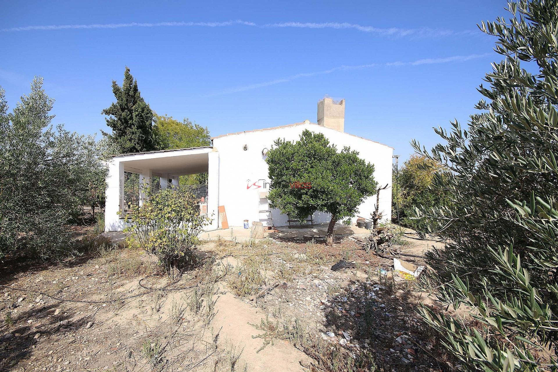 Vrijstaande villa in Caudete - Bestaande bouw