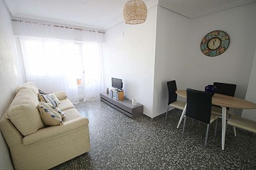 Apartment with a balcony in Pinoso