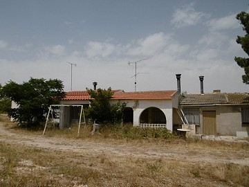 Villa-12km from Yecla