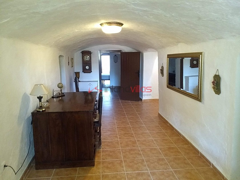 Beautiful Authentic Cave House with Bodega in Inland Villas Spain