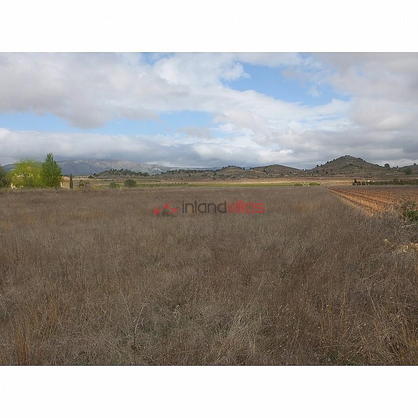 15.167m2 plot in  Culebrón in Inland Villas Spain