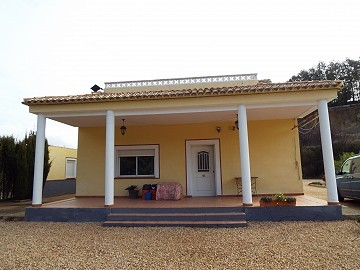 Stunning 6 bed 3 bath Villa with solarium in Zarra, Valencia