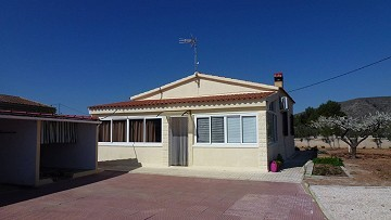 Country property for sale in Hondón de los Frailes, Alicante