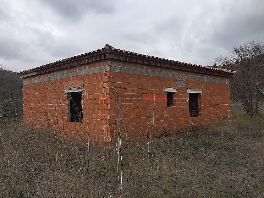 Unfinished House in Zarra in Inland Villas Spain