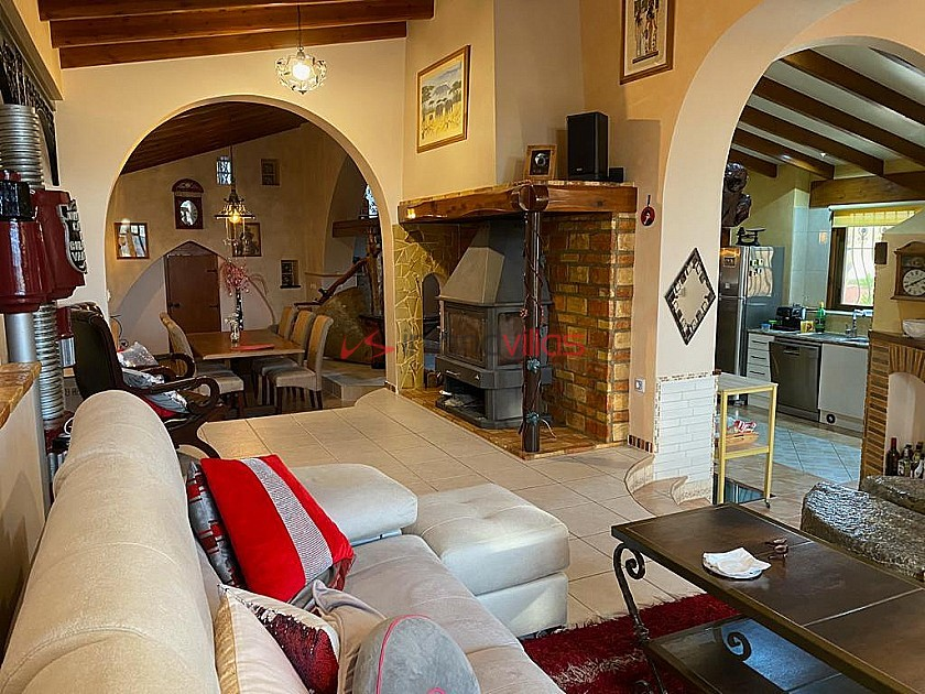 Character Country House with two rental apartments in Inland Villas Spain
