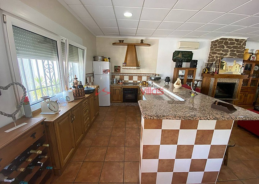 3 Bed 2 Bath luxury Villa With Beautiful Guest House in Inland Villas Spain