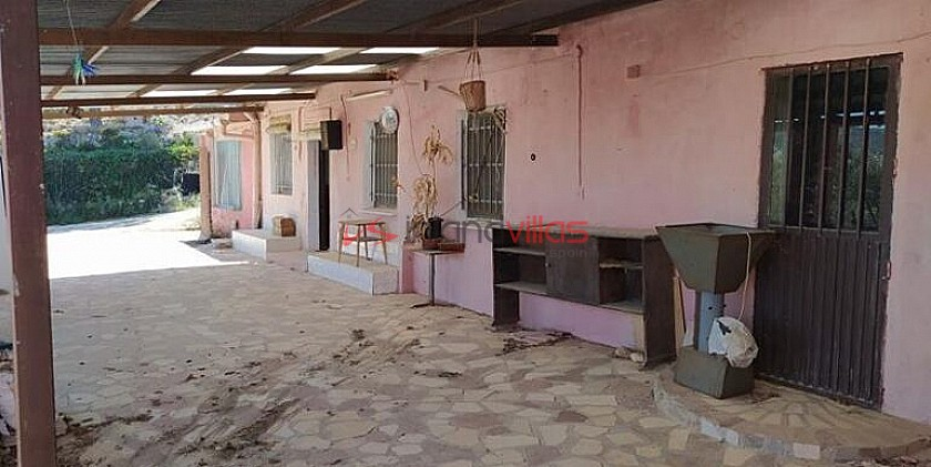 400m2 Mountain Retreat with Rent To Buy option in Inland Villas Spain