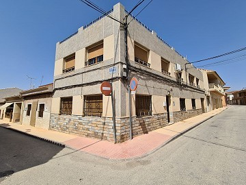 Large Townhouse in Pinoso, part reformed