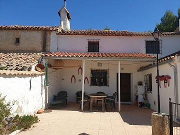 Reformed 3 Bed Rural House in Alpera